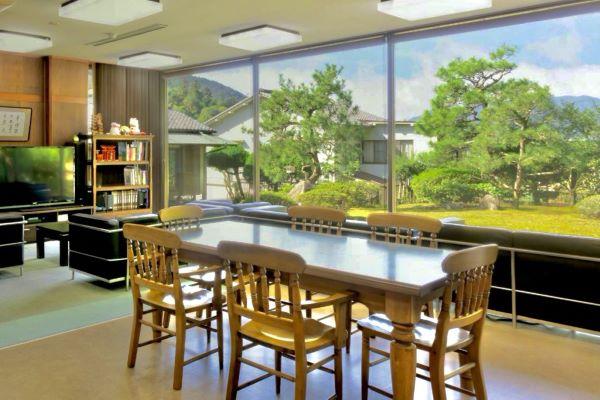 Mikuniya Living And Dining Area Miyajima Japan