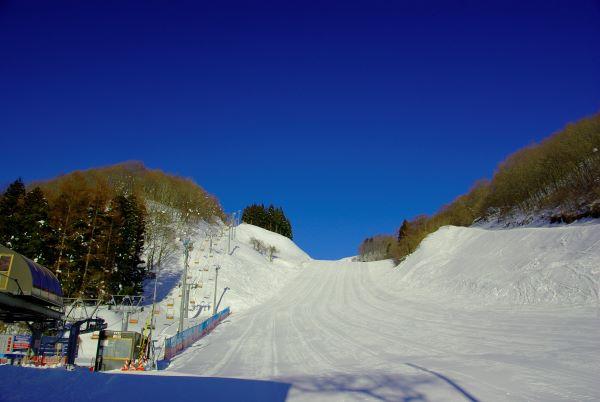 Oirase Gorge Onsen Ski, Snowboard & Spa Resort Ski Course