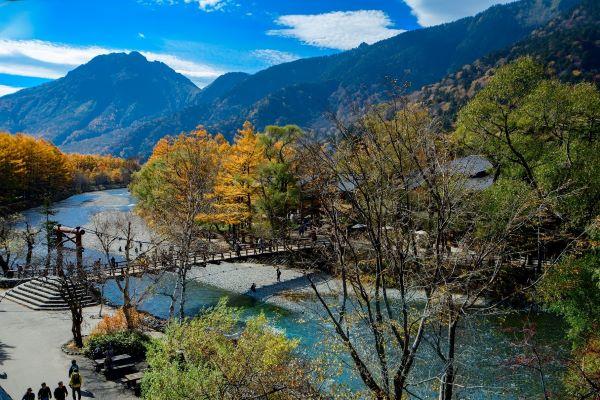 Kappa-Bridge-Kamikochi-Nagano-Japan-2