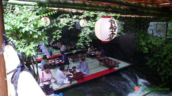 Kibune-Kawadoko-Ryori-Kyoto-Japan